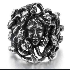 NWT Silver Goth Medusa Statement Ring 7!